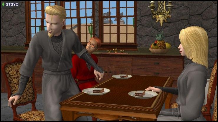 Interrupted dinner for Circe, Loki & Erin Beaker